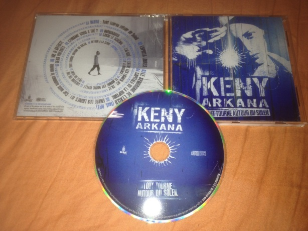 Le CD de Keny Arkana. Photo Hassen Gallah.