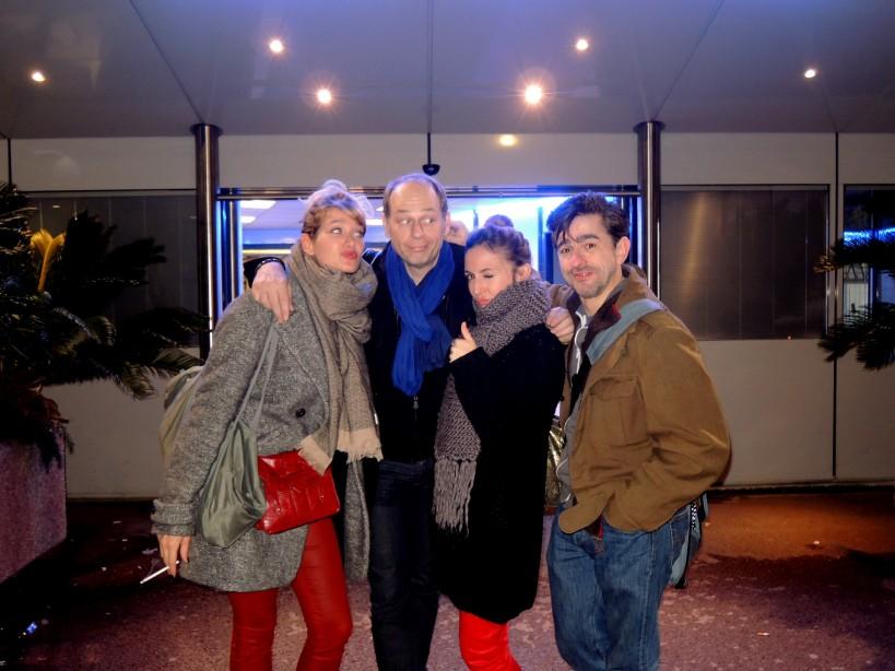 De gauche à droite, Caroline Anglade la jolie fille, Alain bouzigues le muet, Camille Chamoux la bourgeoise nunuche, et  Jean-Noël Brouté le sourd. Photo Marie Gonzales.