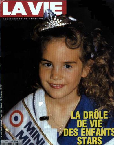 Flore Letellier, gagnante du premier concours Mini Miss France en 1990 pose en couverture du magazine La Vie. Crédit: La Vie