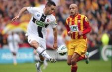 D'autres clubs de l'élite ont été sortis par des petits poucets de la compétition. Plabennec (CFA) et Rouen (National) ont éliminé Reims et l'AC Ajaccio. Au rayon des déceptions toujours, Rennes, a été éliminé par un candidat sérieux à la montée en ligue 1, le RC Lens, sur le score de 2 à 1.