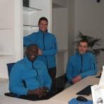 Albert, Mathieu, et Jérémy dans leurs nouveaux locaux. Photo : J.M.