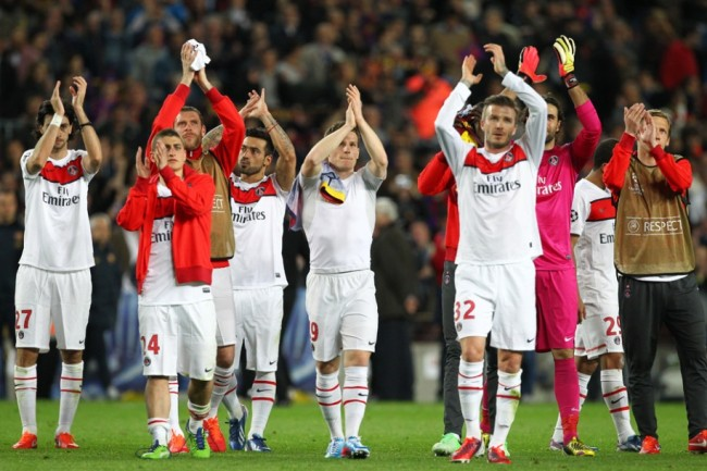 Les parisiens saluent leurs supporters avant de regagner Paris et de se préparer pour le match de samedi contre Troyes. Photo : DR