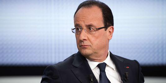 François Hollande décroche à nouveau dans les sondages. Photo : AFP/FRED DUFOUR