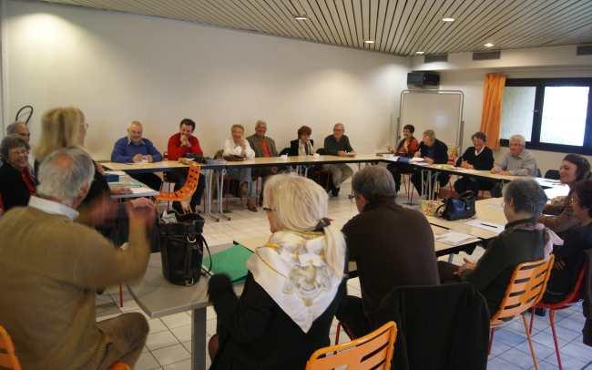 Le Mouvement Européen de Cannes se retrouve une fois pas mois,  à l'Espace Mimont. Photo : VV