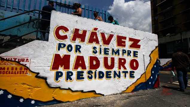 Nicolas Maduro joue de sa proximité avec Chávez.. Photo : Orlando Alvariez