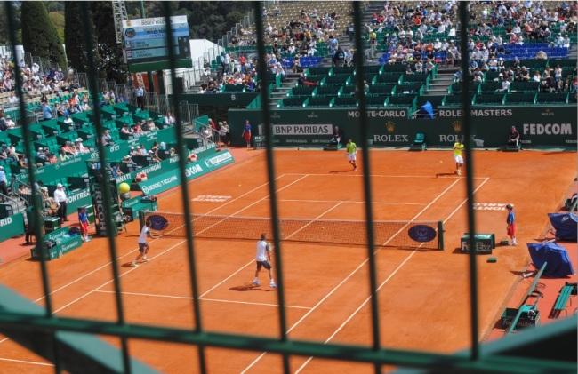 L'encadrement du tournoi réduit vite le tennis à une prison dorée. Photo : N.G