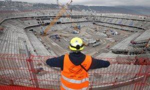 Allianz Riviera sera la premier stade à énergie positive de l'Euro 2016. Débuté en août 2011, sa construction se terminera en août 2013.  Source : DR