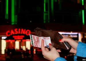 En France, 62% des citoyens ont déjà joué à des jeux d'argent, 3% d'entre eux en sont dépendants.