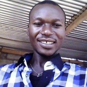 Johnny Bissakonou, journaliste, blogueur engagé. (photo D.R.)