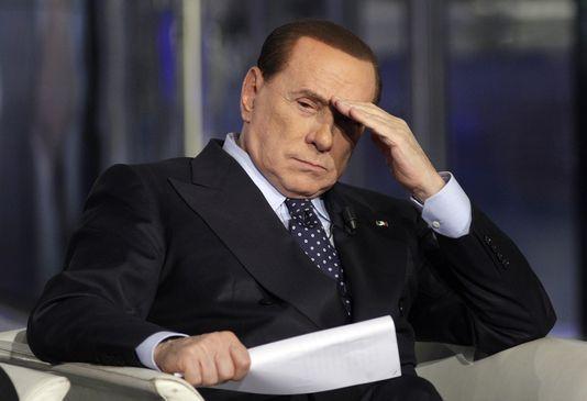 Le Cavaliere est en plein doute. S'il a frôlé plusieurs fois la mort politique, il est cette fois plus que jamais sur la sellette, avec notamment ses déboires judiciaires. (Photo: D.R.)