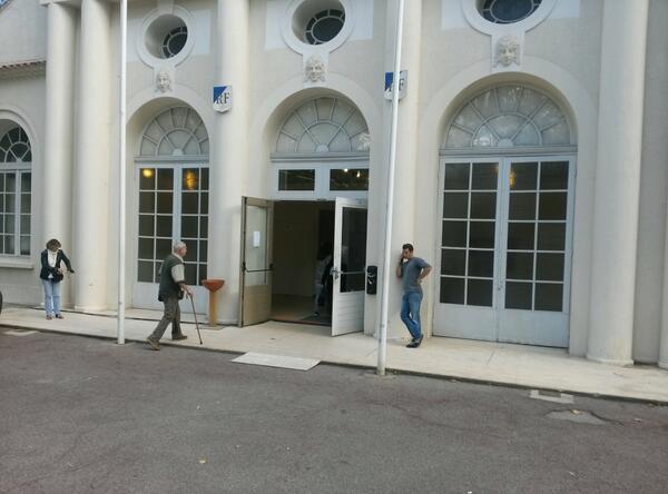 Un dimanche d'élections à Brignoles