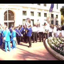 La fanfare de l'Esperance de Cannes devant la Mairie. Crédit : V.V.