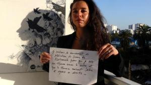 """Leïla Ghandi, réalise et incarne la série documentaire """"Voyage avec Leïla Ghandi"""", diffusée sur la chaîne publique marocaine 2MTV. D.R"""