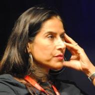 """Nahal Tajadod, auteure de """"Elle joue"""", édition Albin Michel, a longuement évoqué la situation de la femme en Iran. (Photo Nathan Gourdol)"""