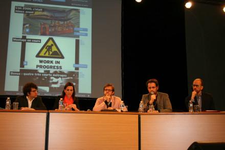 Cyril Petit, Yann Guégan et Alexandre Sirois sont unanimes, l'évolution du journalisme passe par une adaptation aux supports mobiles. (Crédit : S.H.)