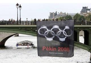 Des manifestations appelant au boycott des Jeux Olympiques de Pékin avaient éclaté en Occident notamment en France. (D.R.)
