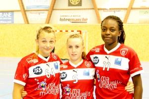 Emma, Mélanie et Oriane poursuivent le même objectif : intégrer l'équipe de Pro D2 dans la saison. (S.H.)