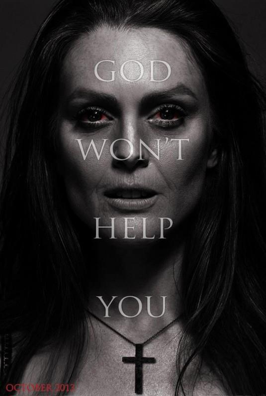Après Brian de Palma et David Carson, c'est la réalisatrice Kimberly Pierce qui s'attaque à Carrie, best-seller de Stephen King. Source : DR