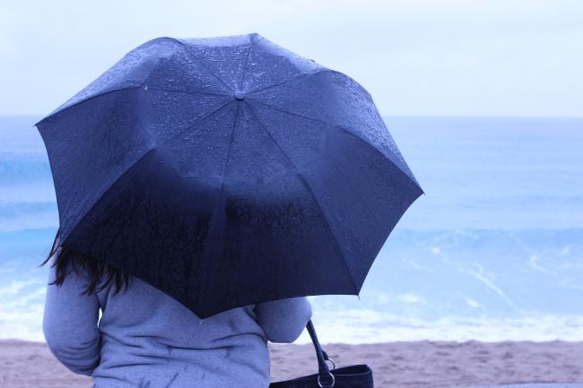 La pluie a fait son retour mercredi soir à Cannes (J.M.)