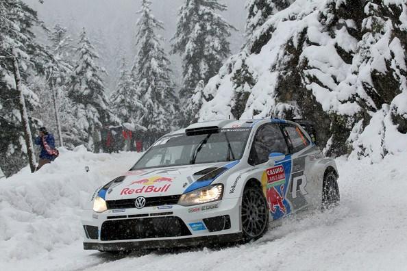 C'est au terme d'un très enneigé rallye de Monte-Carlo que Sébastien Ogier a remporté ce premier rallye de la saison. (Crédit photo : Massimo Bettiol/Getty Images Europe)