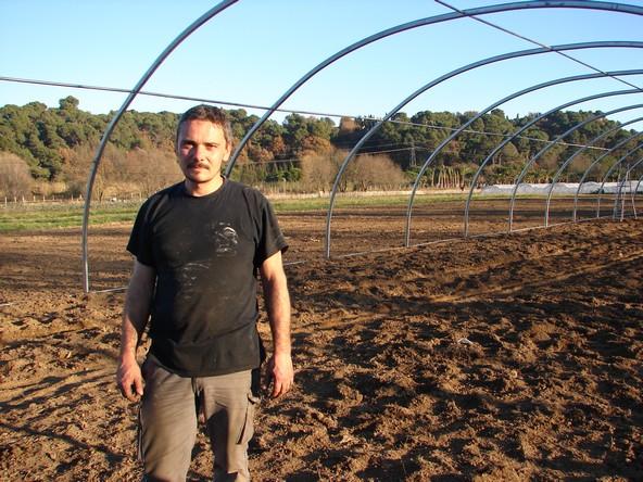 Julien Rostan, un exploitant heureux sur ses nouvelles terres cannoises. (Photo : S.Shojaei)