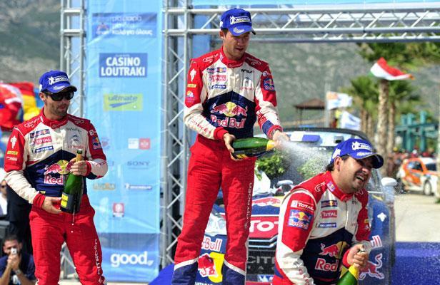 Après s'être plaint de son coéquipier Sébastien Loeb qui réclamait des consignes qui lui ont été favorables, l'Alsacien a finalement crevé le dernier jour et laissé les commandes à son jeune coéquipier Ogier, qui n'a pas manqué d'arroser Daniel Elena, le co-pilote de Loeb. (Crédit photo : D.R.)
