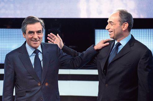 : Le duel national entre François Fillon et Jean-François Copé pour l'UMP se traduit à Cannes avec Philippe Tabarot et David Lisnard. (Crédit photo : Miguel Medina/AFP)