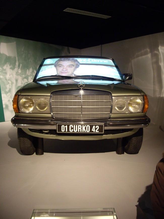 L'emblématique Mercedes 300 D d'Ivan Curkovic. (Crédit photo : Mathilde BRUN)