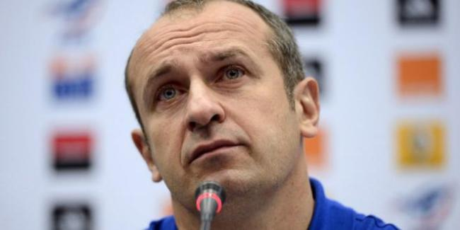 Philippe Saint-André n'incarne pas le renouveau du rugby français, alors que c'est ce que l'on attendait de lui. (Crédit photo : FRANCK FIFE / AFP).