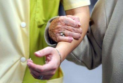 Le patient doit être soutenu dans tous les sens du terme (crédit lexpress.fr)