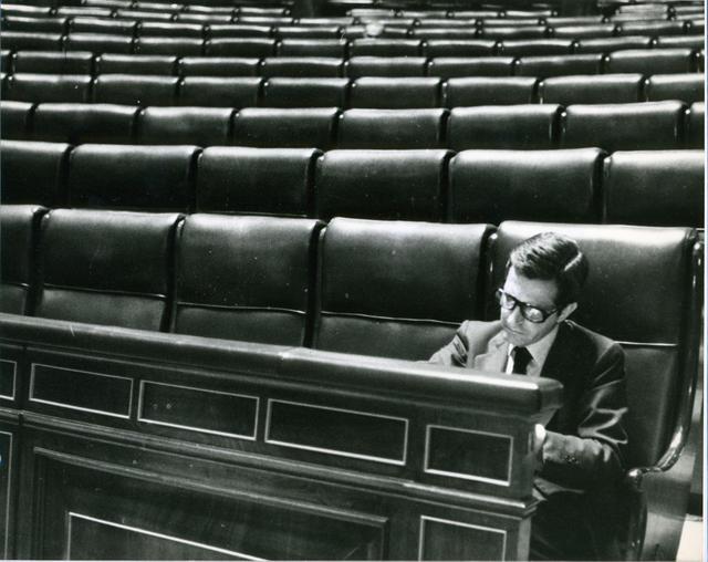 « Adolfo Suárez dans son siège de la Chambre des Députés » CP : huffingtonpost.es