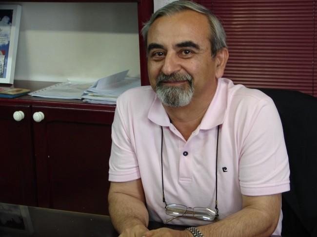 Javad Mazandarani est à la fois le père et le directeur de Sogol, l'entreprise iranienne de charcuterie. (Crédits : S.Shojaei)