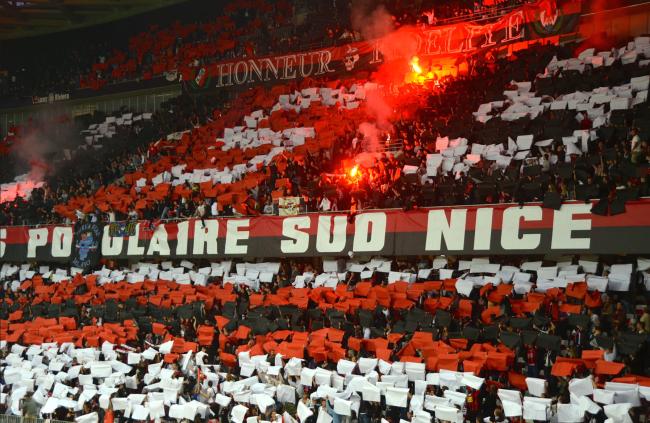 La Populaire Sud a mis le feu à la tribune lors de la réception de Lyon samedi 19 mai. (Crédit photo : Jérémy Satis/SportsSpirit)