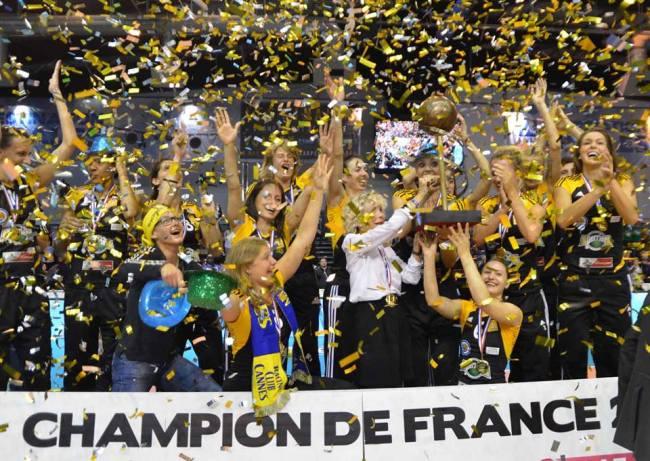 Cette équipe exceptionnelle a remporté le 19ème titre de champion de France de son histoire/ (Crédit photo: Jean-Pierre Kieffer)