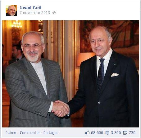 Une poignée de main historique entre les Ministres des Affaires étrangères iranien et français, dont les pays respectifs ne s'étaient presque pas adressé la parole depuis une d'années. (Crédits : capture d'écran)