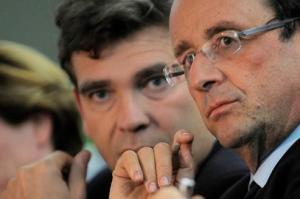 François Hollande a tourné le dos à Arnaud Montebourg. (Crédit photo : AFP)