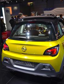 Opel présentait son Adam Rocks. Un crossover décontracté et compact. (Crédit photo : Jérémy Satis)