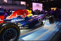 Pour les fans de F1, la Infinity Red Bull Renault de Sebastian Vettel et Daniel Ricciardo était exposée.(Crédit photo : Jérémy Satis)