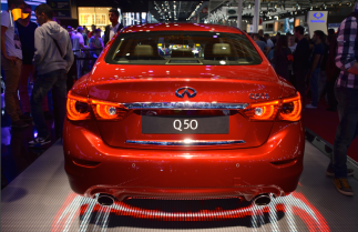 La Lexus Q50 affiche 1à à 15 cm de plus que ses principales rivales. Tout en s'alignant sur leur prix. La marque de luxe de Nissan s'attaque aux marchés européens avec cette berline. (Crédit photo : Jérémy Satis)
