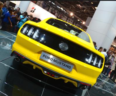 Chez Ford, c'est la célebrissime Mustang qui est mise à l'honneur. (Crédit photo : Jérémy Satis)