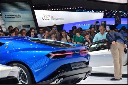 Plus d'1 million de visiteurs se sont rendus au mondial de l'auto à Paris cette année. (Crédit photo : Jérémy Satis)