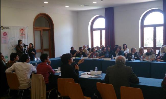 Atelier professionnel entre journalistes et chercheurs. (Crédit photo : Samuel Baudoui)