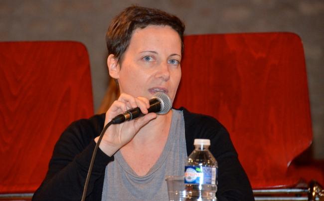 Karen Bastien, data-journaliste, intervient aux assises sur la thématique des informations chiffrées. (Crédit photo : Jérémy Satis)