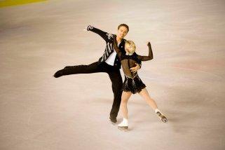 Penny Coomes et Nicholas Buckland (Grande-Bretagne) ont mis de l'ambiance dans la patinoire grâce à un programme très rythmé (crédit photo : Eva Garcin)