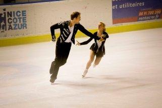 Patinage 199: Penny Coomes et Nicholas Buckland (Grande-Bretagne) ont mis de l'ambiance dans la patinoire grâce à un programme très rythmé (crédit photo : Eva Garcin)