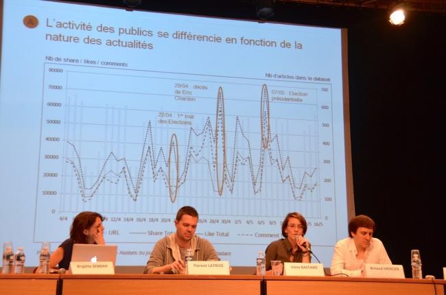Les analyses statistiques étaient omniprésentes durant le débat. (Crédit photo: Jérémy Satis.)