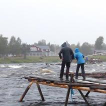 Apprentissage de la pêche en Finlande.