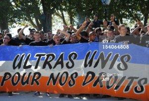« Une des nombreuses actions menées lors de la 8ème journée de Ligue 1, ici le groupe ultras niçois, l'ARN 2001, lors du derby azuréen Monaco 0 – 1 Nice. » (crédit photo : OGCNICE.com)