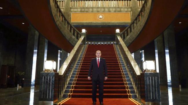 """""""Ak Saray"""", la nouvelle résidence présidentielle, reflet des tendances autocratiques d'Erdogan"""
