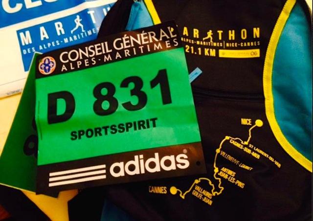 C'est avec le dossard numéro 831 que nous avons connu notre premier semi-marathon. (Crédit photo: Elie Julien)